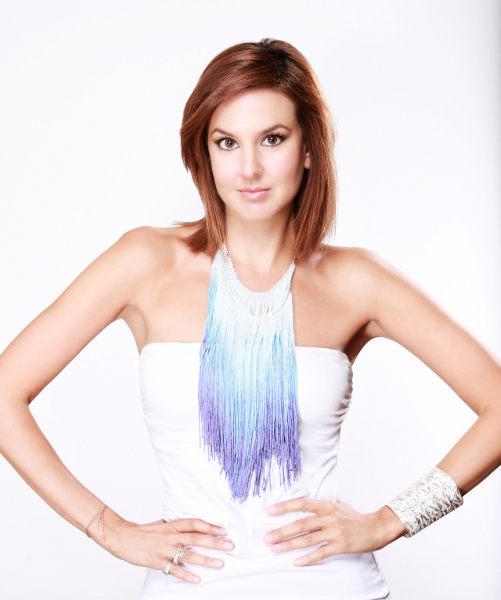"""Romina Nahben, colaboradora en segmentos de moda y estilo de vida en los programas de """"Notimujer"""" y """"Café"""" de CNN en Espanol"""